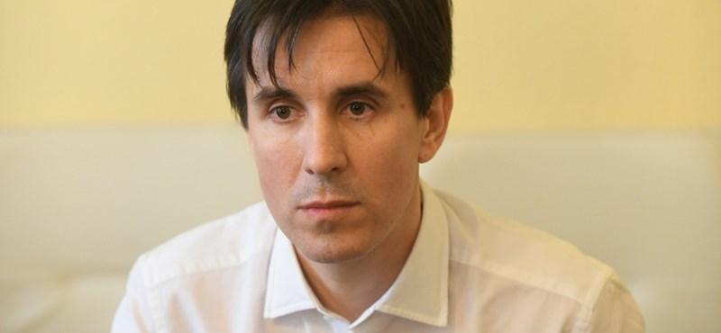 Czeglédy Csaba ügyvédi engedélyét felfüggesztették
