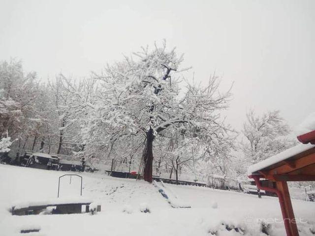 Miskolc környékén tízcentis hó hullott