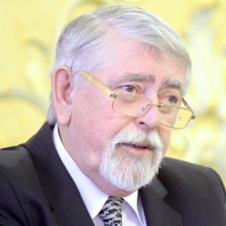 Kásler Miklós elmondta, hogy meddig tartják fent a járványügyi korlátozásokat