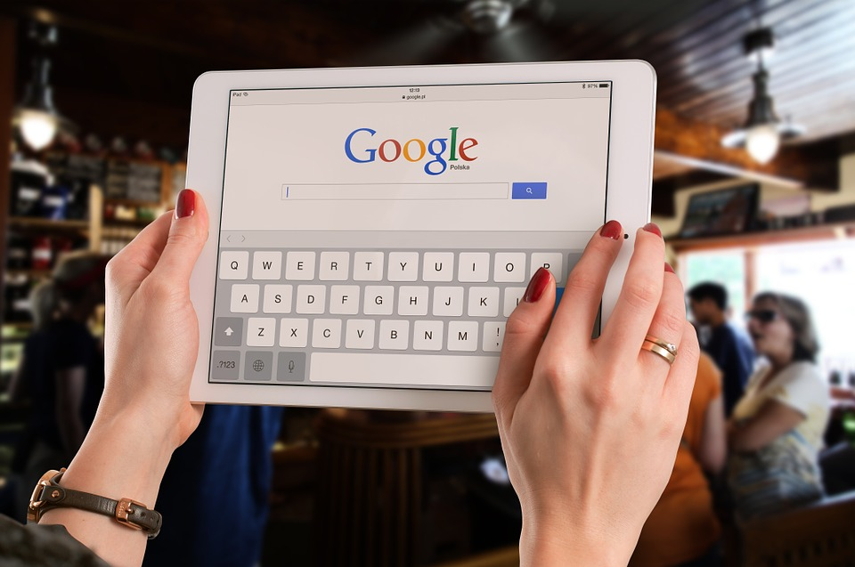 Szigorít a Google, hamarosan nagyobb biztonságban lehetnek az adataink