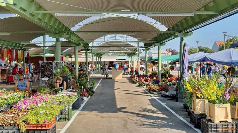 Jó hírek a csabai piacról - Szombaton minden árus kinyithat