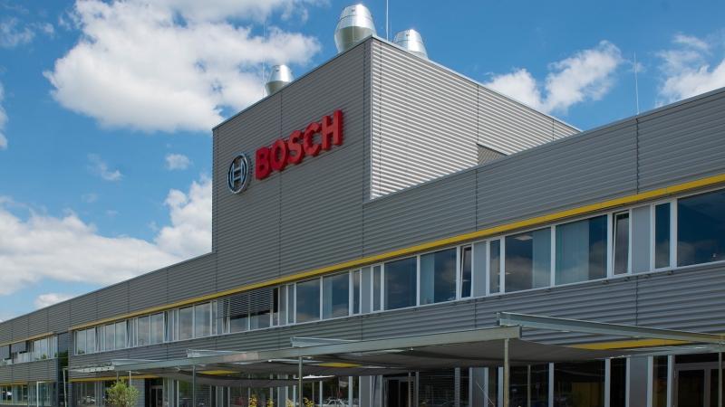 Új gyártócsarnokot adott át a Bosch