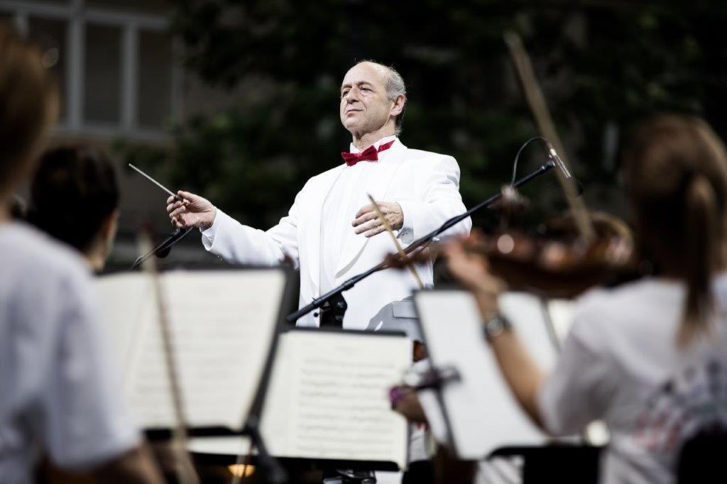Ingyenes szabadtéri koncerttel nyitja a szezont a Budapesti Fesztiválzenekar