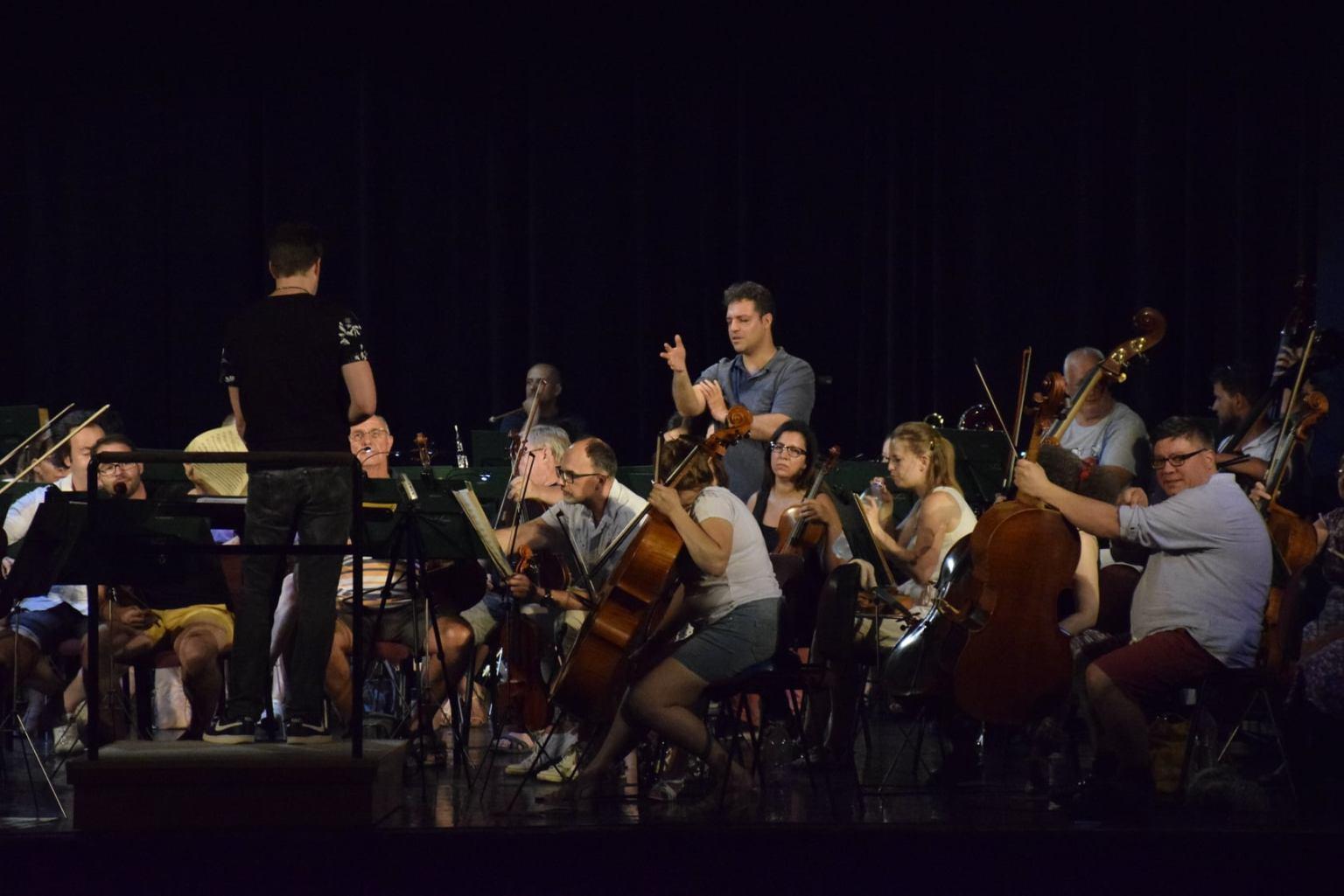 6 koncertet ad 3 nap alatt a Szolnoki Szimfonikus Zenekar