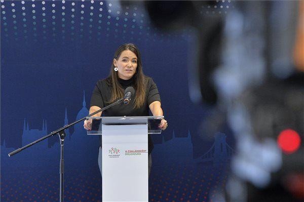 Ötezer hallgatót érint kedvezően a kormány döntése